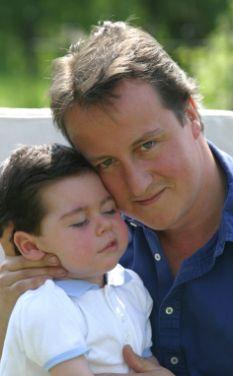 英国反对党领袖卡梅伦6岁儿子夭折 朝野一片悲伤