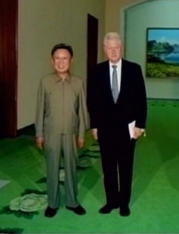 8月4日,朝鲜最高领导人金正日会见了来访的美国前总统克林顿