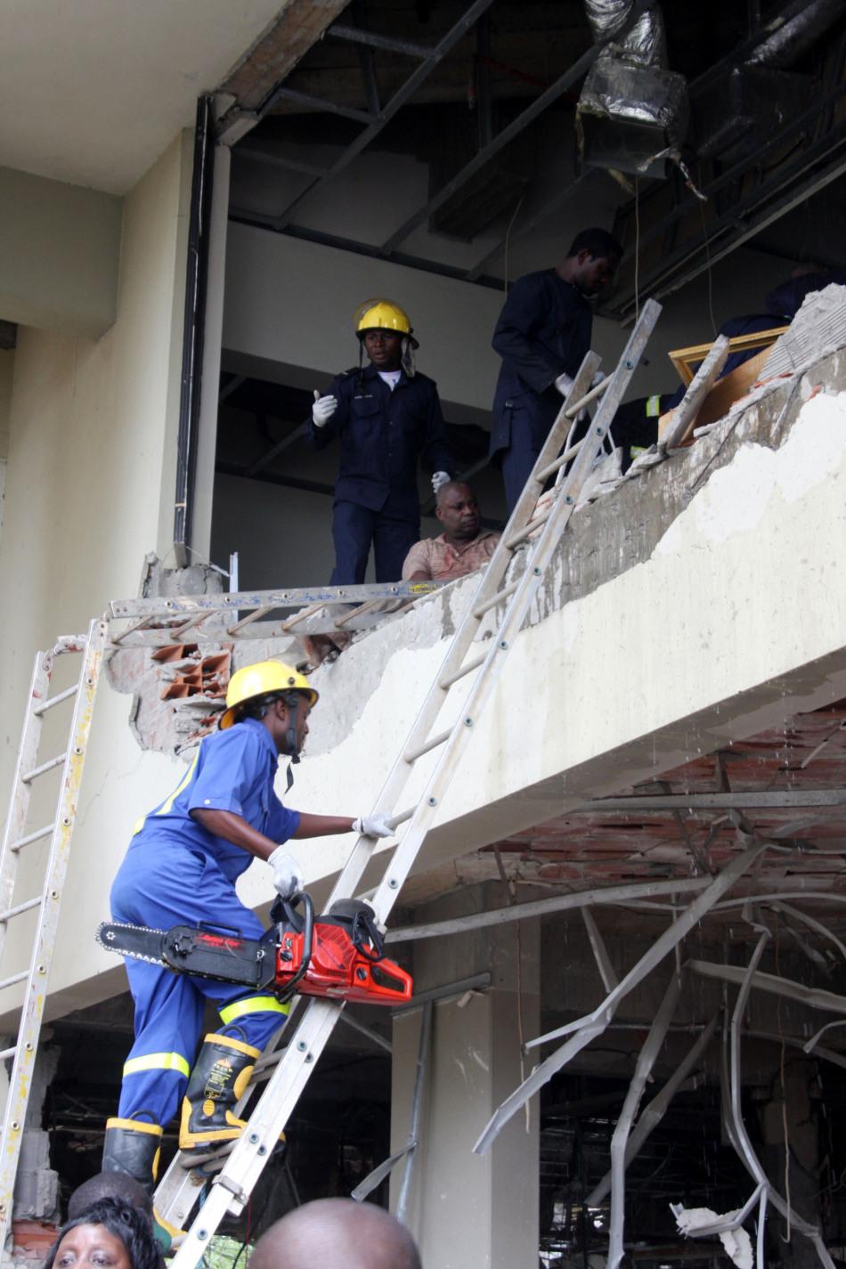 组图:尼日利亚联合国驻地发生爆炸