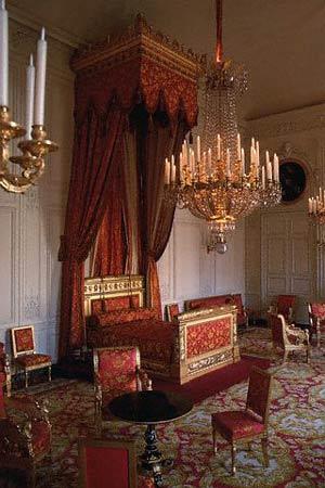 法国国王路易十三_欧洲皇室八大奢华卧室