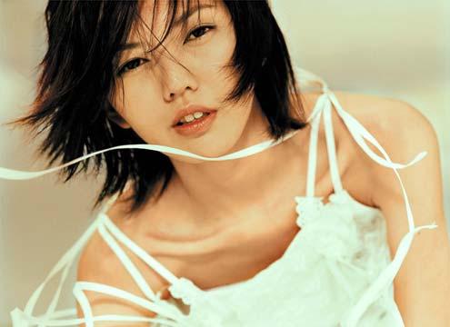 """"""" 李伟菘见到孙燕姿第一眼,就觉得对方是一个很可爱的小女生."""