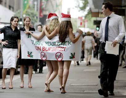 圣诞老人裸体抗议