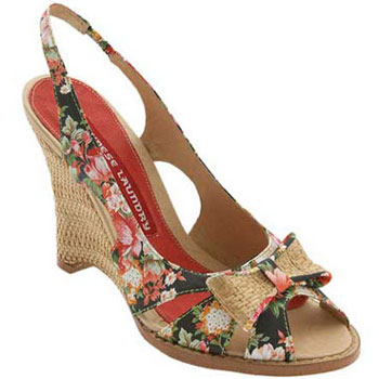 新款凉鞋 做魅惑女人