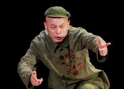 《西望长安》保利首演 舞台上的葛优很疯狂(图)