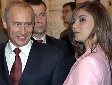 普京夫人照片_俄媒传普京两月前已离婚 计划娶俄头号性感运动员