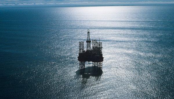 俄远东海上钻井平台沉没 14人获救2人身亡51人失踪