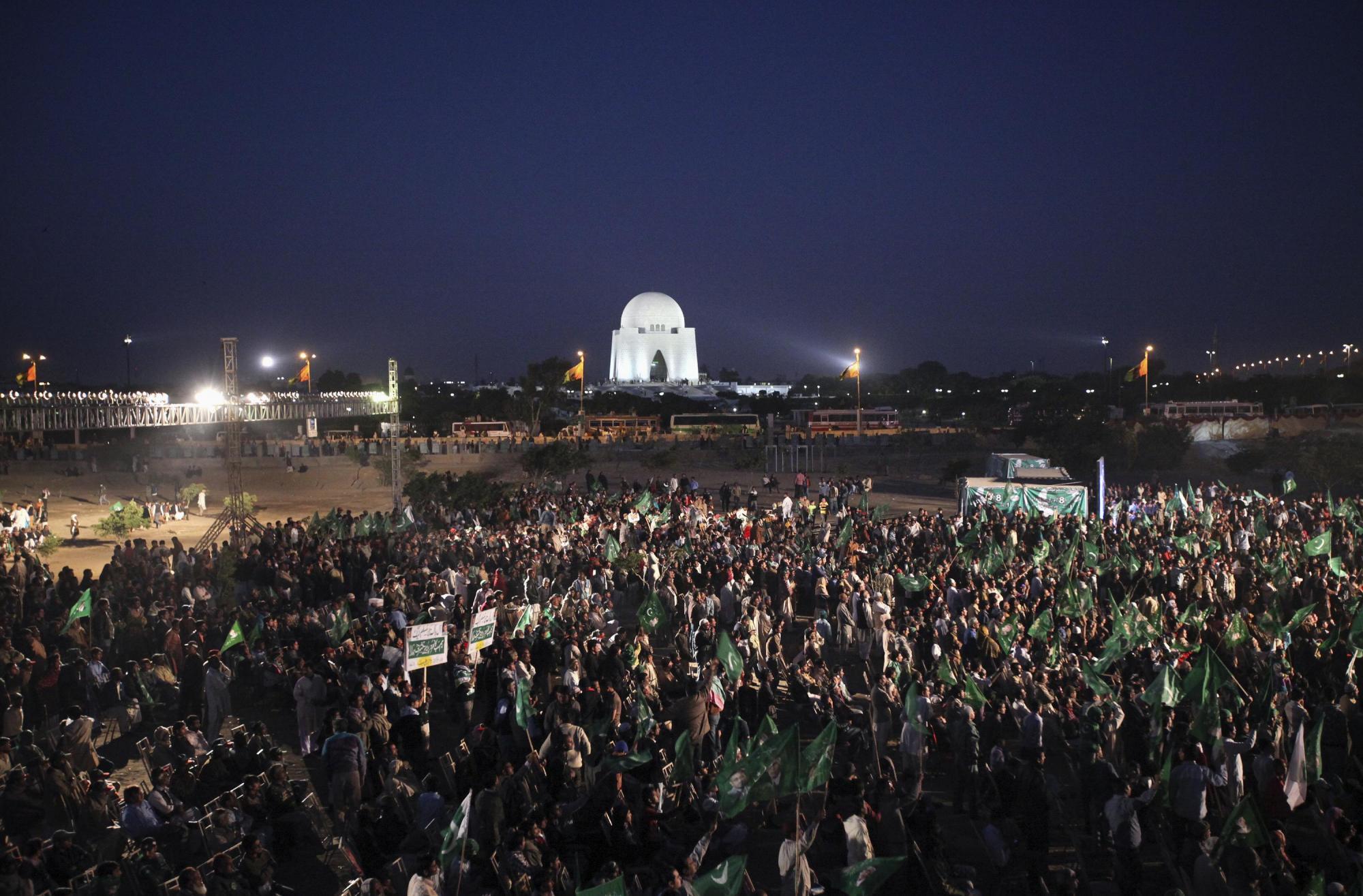 巴基斯坦前总统穆沙拉夫宣布将回国并参与议会