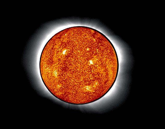 科学家最新研究表明太阳的形状是圆形,它是被测量过的最圆的物体之一 多年来科学家们一直致力于精确测量太阳的形状,之前有说法称它的形状是扁平的,但是近日一项新的研究表明,太阳的神秘形状其实就是一个完美的圆形,事实上它是被测量过的最圆的物体之一,这项研究结果刊发在《科学快讯》杂志上。 据英国《每日邮报》网站8月17日报道,这项研究是科学家分析美国航空航天局太阳动态观测卫星的相关数据而得出的,之前科学家们认为太阳的形状会随着它的黑子周期活动而发生改变,但是新的研究结果表明事实并非如此。