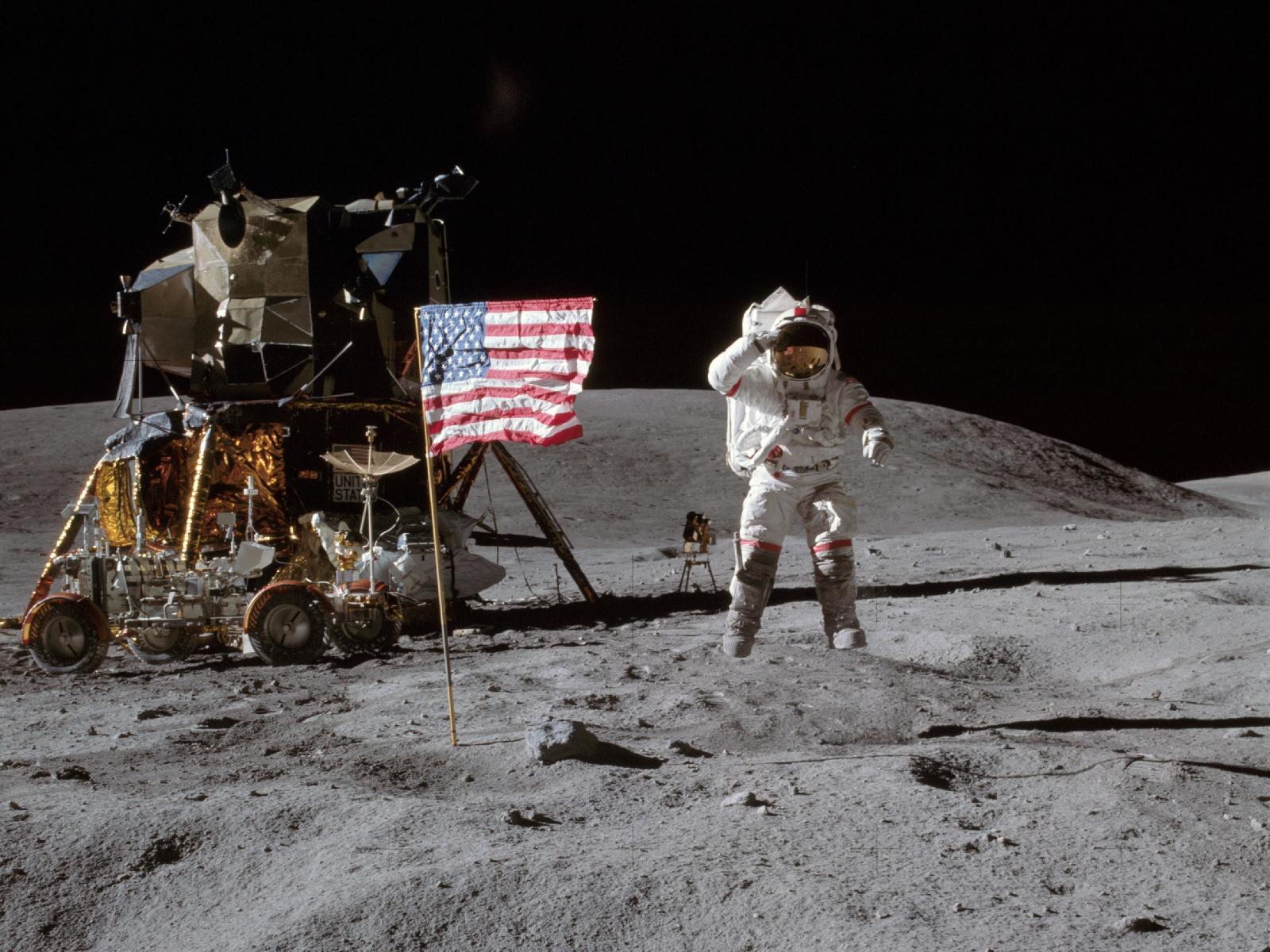 首位登月宇航员阿姆斯特朗逝世