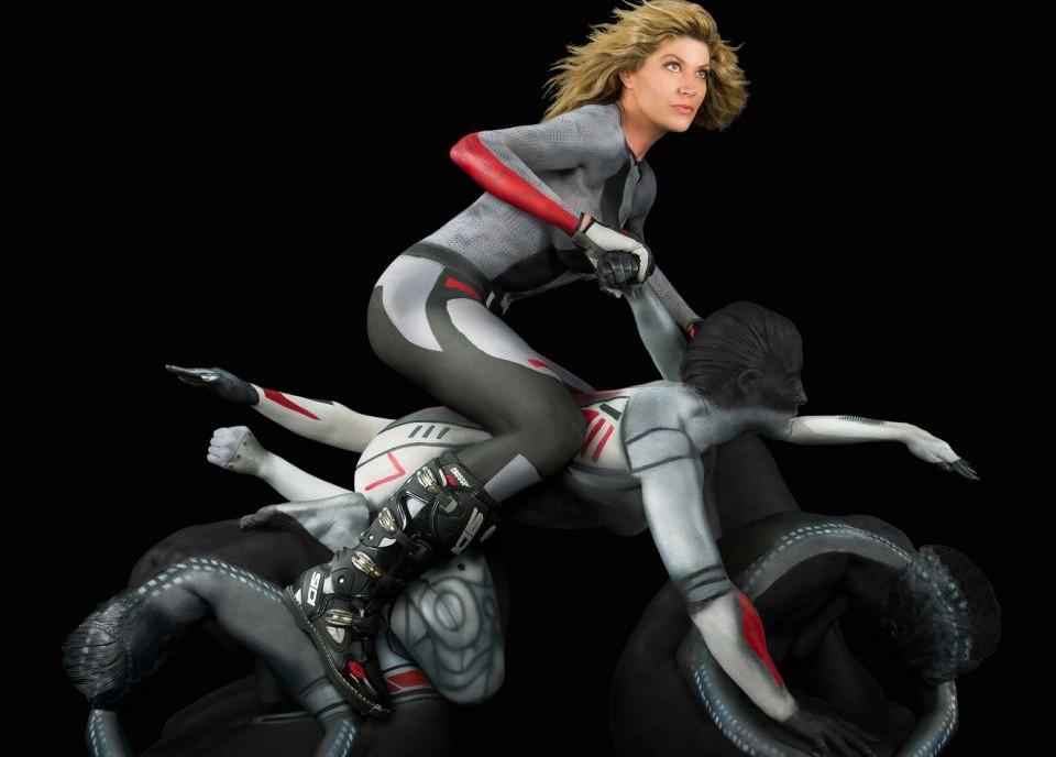 """摩托车/美妙绝伦的""""人肉摩托车"""""""