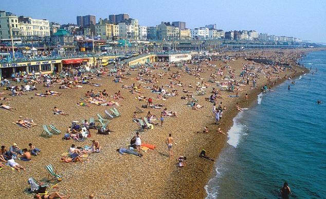 著名杂志评出世界十大海滩城市 英国布莱顿凭卵石海滩