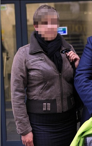 强奸虐待女警_英国女警受性别歧视以泪洗面 状告警局获赔2万英镑