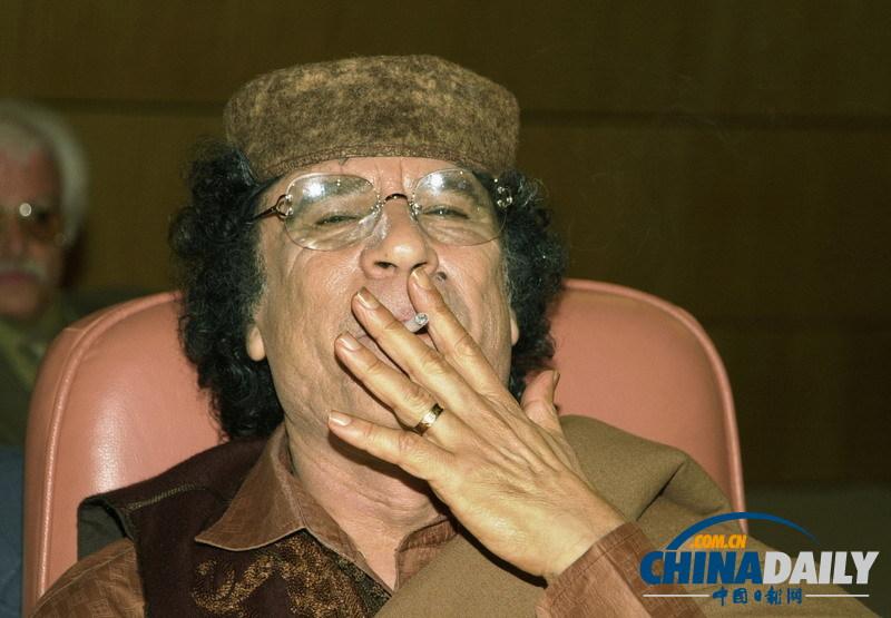 那些/奥巴马戒烟只因怕老婆盘点那些烟不离手的政要