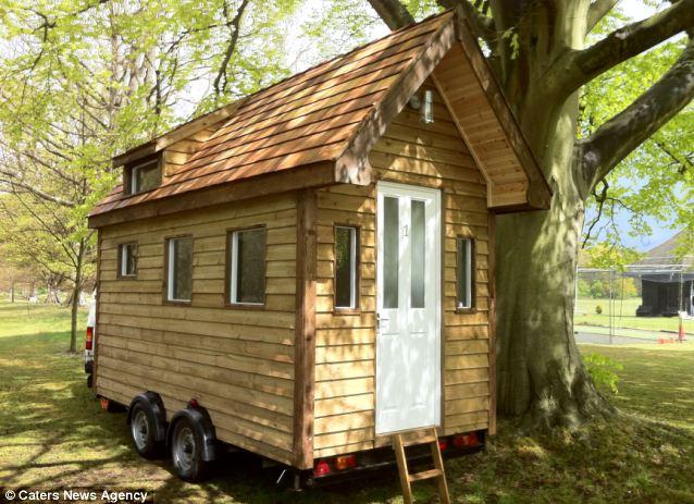 造迷你木屋风景图片