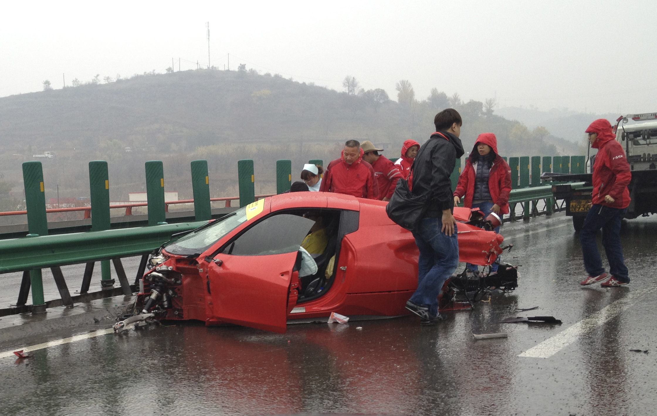 Ferrari Girl Accident Photos 4