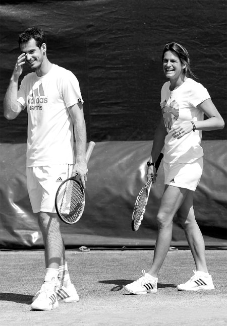 andy murray has a laugh with his coach amelie mauresmo on ...
