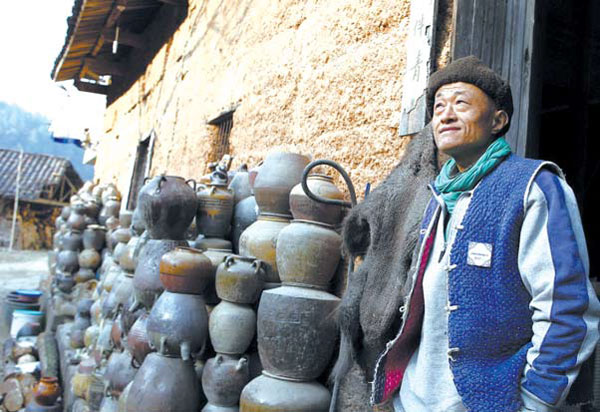 li jianshen founder of the sanbao ceramic art institute