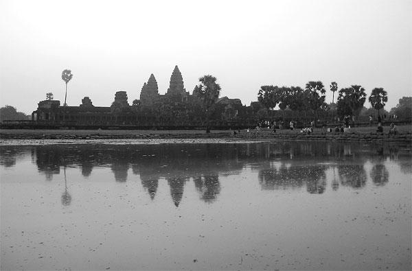 Dawn At Angkor Wat  Shen Ye    For China Daily