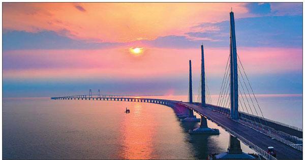 The Hong Kong Zhuhai Macao Bridge To Be Put Into Service