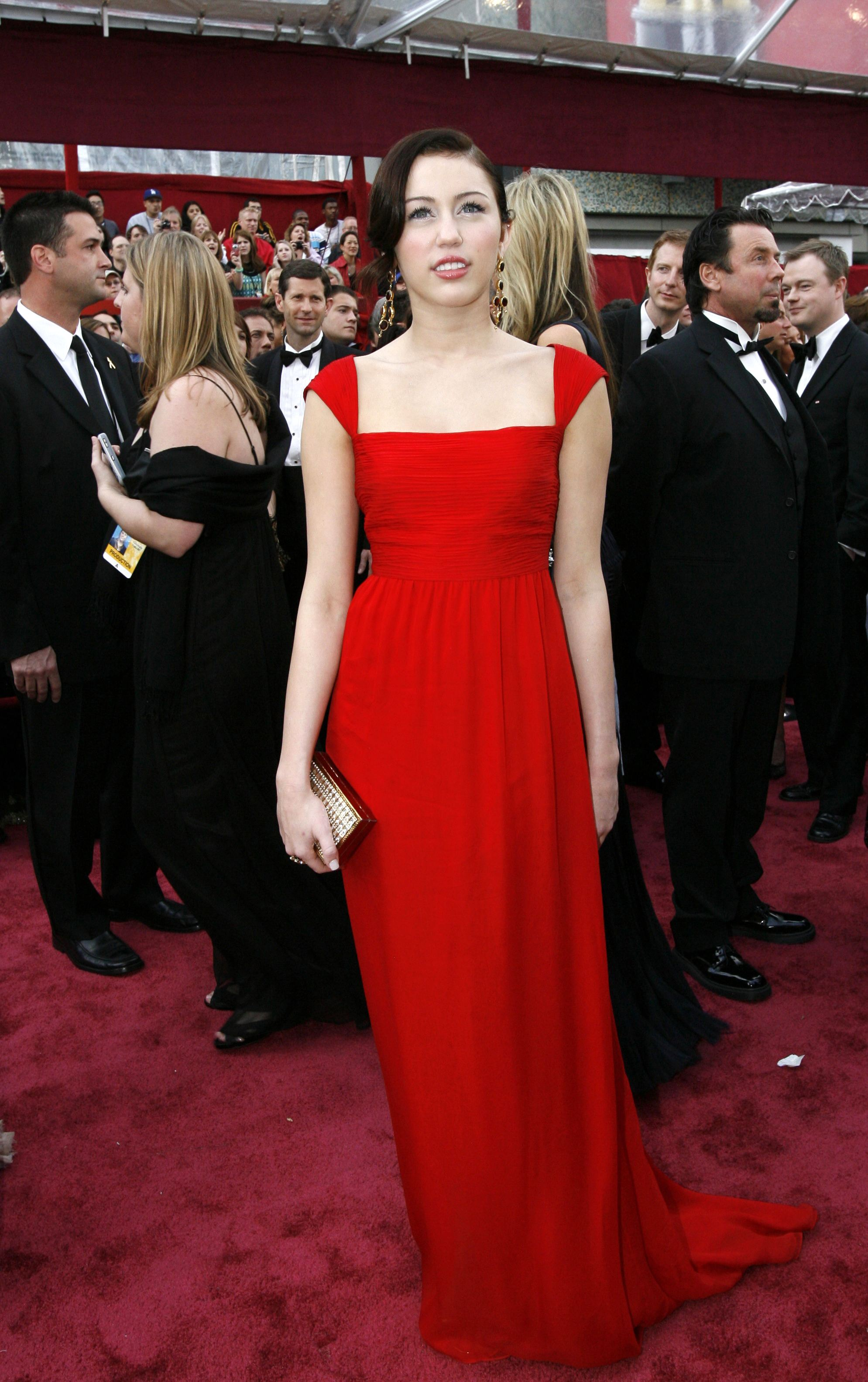 Miley Cyrus Red Dress - Cocktail Dresses 2016