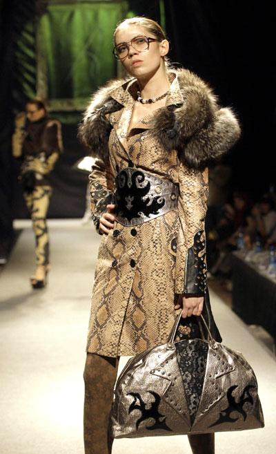 St petersburg holds international luxury fashion contest - Site de pret a porter americain ...
