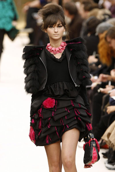 Louis Vuitton Fall/Winter 2009/10 women's ready-to-wear ...