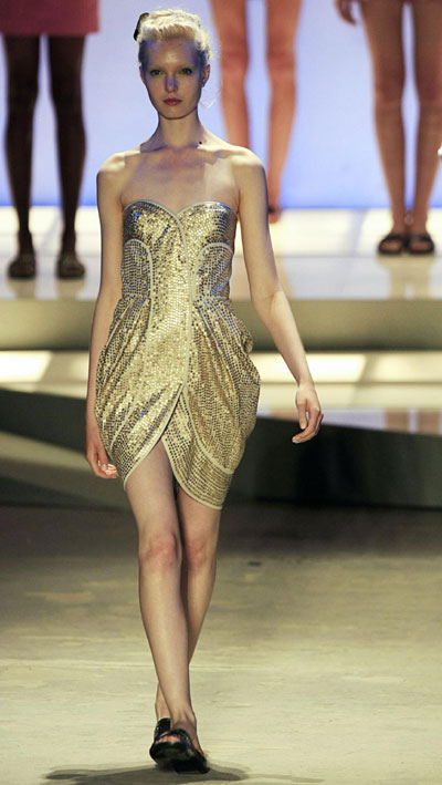 Creation from Maria Bonita's 2010 spring/summer collection during Fashion Rio Show