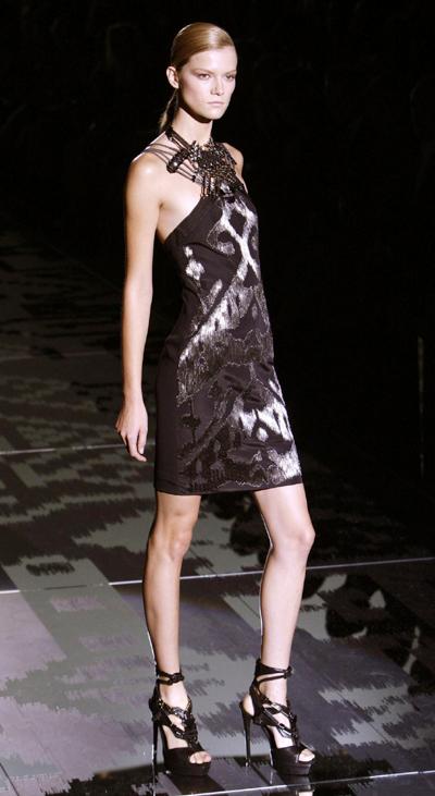 Milan Fashion Week: Gucci Spring/Summer 2010 women's ...