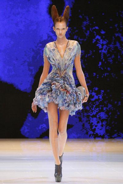Paris Fashion Week  Alexander Mcqueen