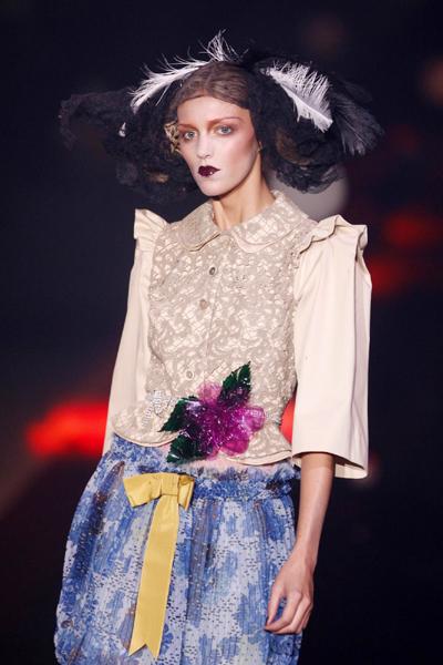 Paris Fashion Week: John Galliano Spring/Summer 2010