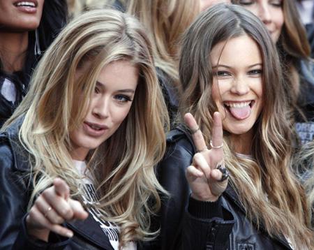 Black Models In Victoria's Secret Fashion Show