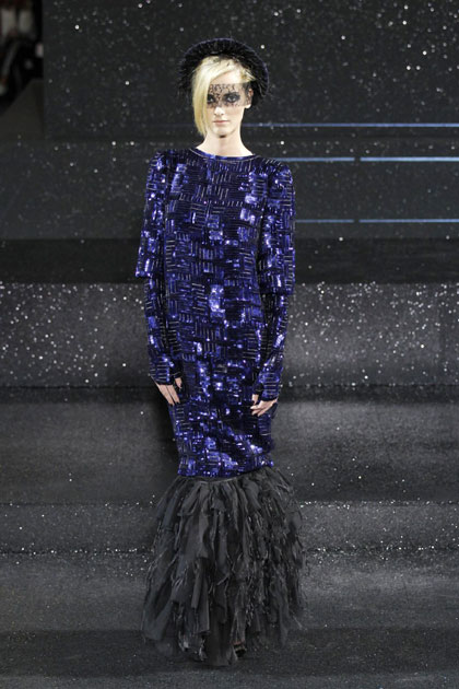 Chanel haute couture 2011 images for French haute couture