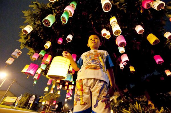 malaysia festival celebration essay Hari merdeka is malaysia's independence day celebration read about festivities and where to celebrate hari merdeka on august 31.