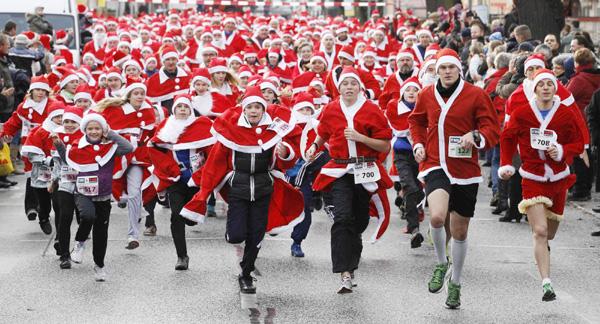 Run, Santa, Run|Travel|chinadaily.com.cn