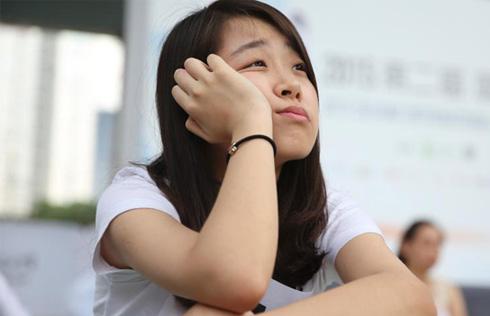 Now that's Funny! Chinese emoji circles globe[1]- Chinadaily