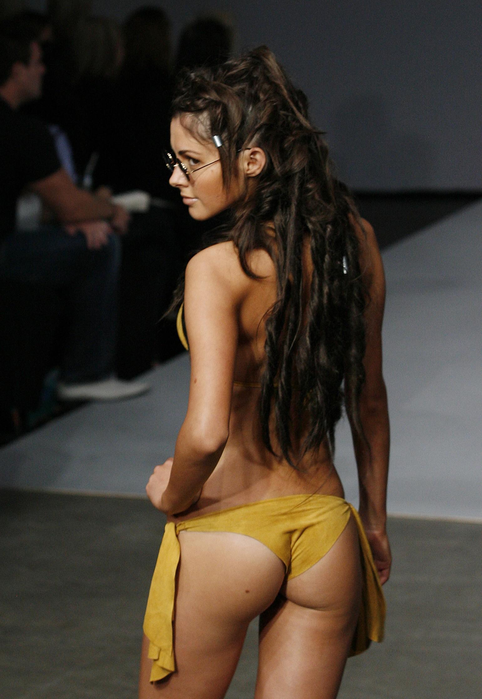 Light star skinned blacked girl porn
