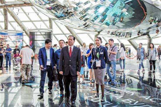 王锦珍副会长赴阿斯塔纳世博会哈萨克斯坦国家馆和主题馆调研