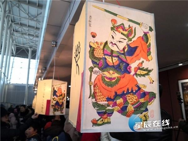 Landmark lantern show held in Hunan, Changsha
