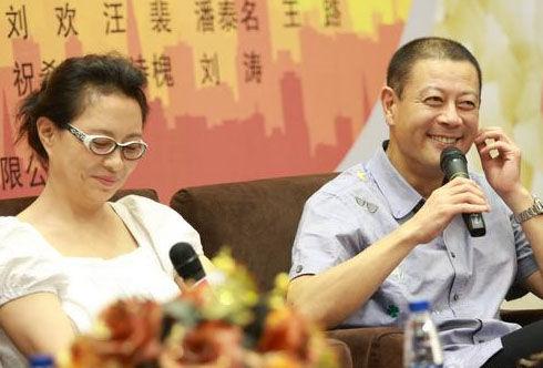 > 濟南     9月27日,由巫剛,劉佳,汪裴等主演的電視劇《女高男低》將