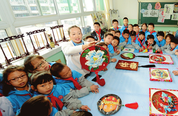 Traditional culture promoted in Taiyuan schools