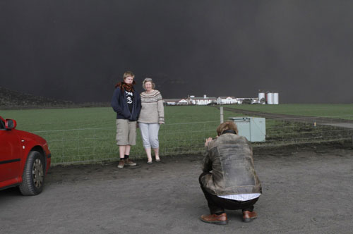 Volcanic ash to close London's Heathrow airport