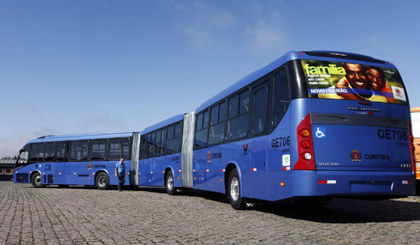 Longest articulated bus makes debut in brazil for World s longest video