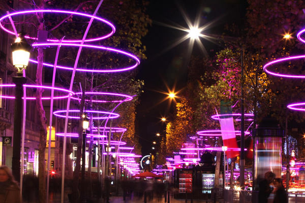 Christmas Lights In Paris.Christmas Lights Sparkle In Paris 2 Chinadaily Com Cn
