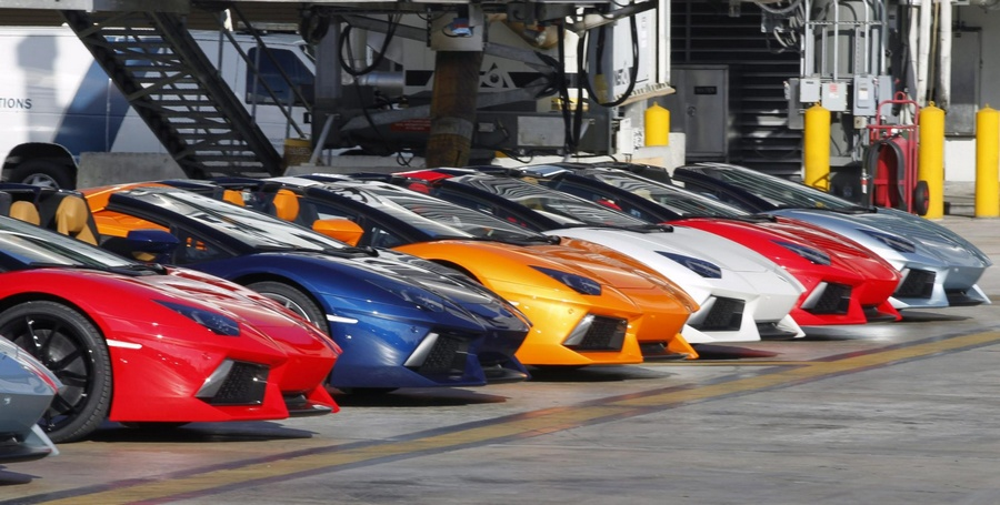 What Color Sports Car Attracts Women