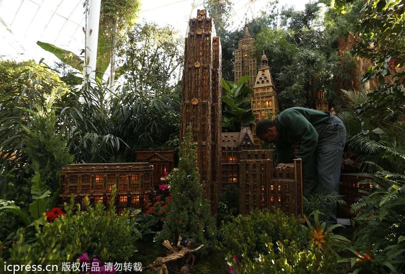 Holiday Train Show At Botanical Garden Nyc 2