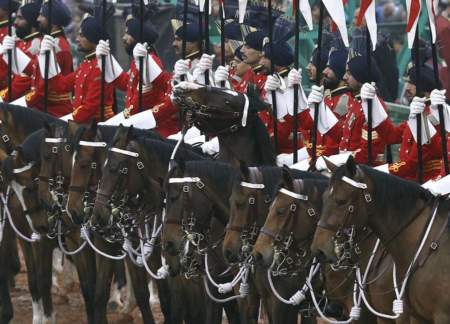 2016印總統護衛馬隊。
