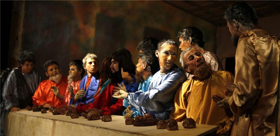 Americas mark Easter holy week