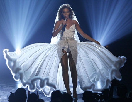 Singer Beyonce performs at the BET Awards '09 in L.A.