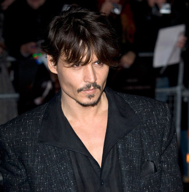 Johnny Depp is to play the Mad Hatter in a new version of 'Alice in