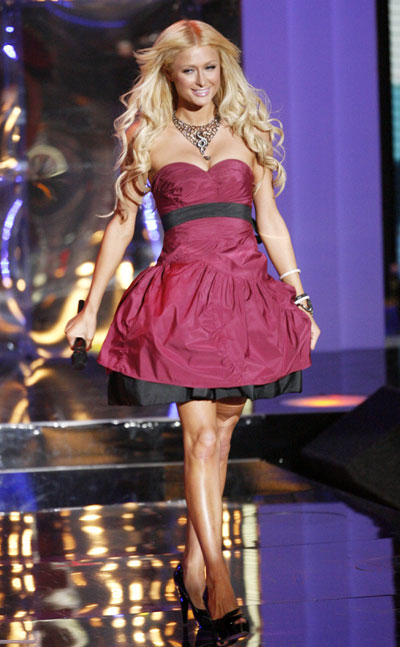 Paris Hilton goes on stage to present an award at the 2008 MTV Video ... Britney Spears